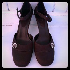 Retro Look NIB Peau de Soie Shoes 🖤 Size 8